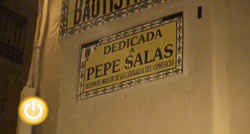 Placa conmemorativa a José Salas en la Calle San Juan Bautista