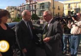Manuel Chaves visita la obra de la futura sede de la Concejalía de Cultura
