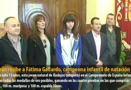 Celdrán recibe a Fátima Gallardo, campeona infantil de natación