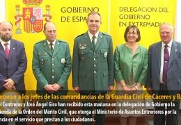 Condecoran a los jefes de las comandancias de la Guardia Civil de Cáceres y Badajoz