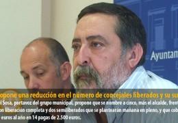 IU propone una reducción en el número de concejales liberados y su sueldo