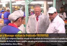 Celdrán y Monago visitan la frutícola FRUVAYGO
