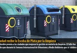 La ciudad recibe la Escoba de Plata por la limpieza