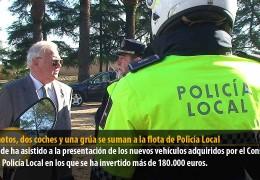 Diez motos, dos coches y una grúa se suman a la flota de Policía Local