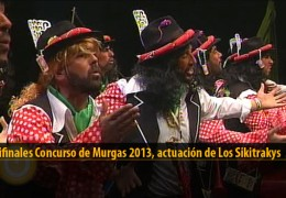 Actuación  de Los Sikitrakys (Semifinales 2013)