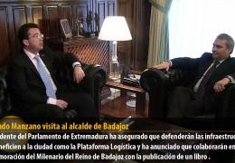 Fernando Manzano visita al alcalde de Badajoz