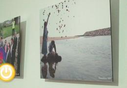 Inaugurada la exposición 'Retrospectiva del Día Internacional del Pueblo Gitano'