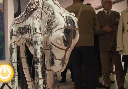 Fragoso entrega los premios a los ganadores del Ciudad de Badajoz