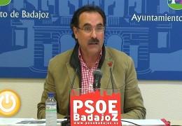 Los socialistas denuncian vertidos de aguas fecales al Rivilla