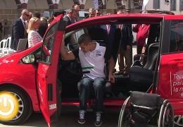 Ford y ONCE presentan el 'Plan Adapta' en Badajoz