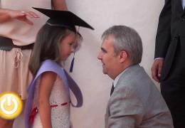 Graduados los primeros alumnos del colegio de Llera