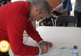 Fragoso firma para que se construya un colegio en Cerro Gordo