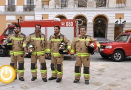 El cuerpo de bomberos estrena uniforme