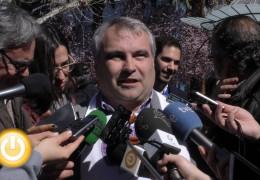El alcalde dice que hay que dar tiempo a las negociaciones con los trabajadores