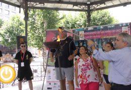 La antorcha olímpica homenajea a 'las niñas de oro'