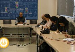 La oposición considera irregulares los cobros a los artesanos