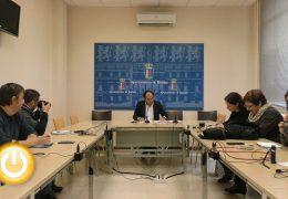 El Ayuntamiento modificará el Plan General para facilitar los usos