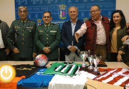 Famosos, Veteranos del CD Badajoz, gitanos y guardia civiles disputarán un torneo benéfico