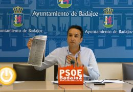 """Cabezas: """"Badajoz está abandonada"""""""