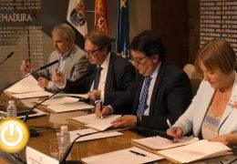 Junta, Ayuntamiento y Fundación la Caixa unidos contra la pobreza infantil