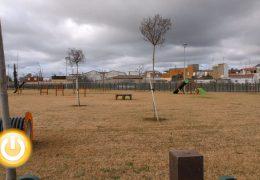 El parque canino de Badajoz ya está operativo