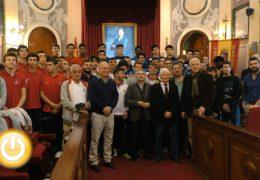 Estudiantes y Fuenlabrada disputarán la final del Torneo de baloncesto 'Ciudad de Badajoz'