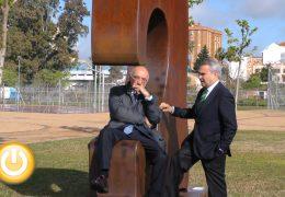 Juan Méjica planta siete grandes obras en el parque de la margen derecha