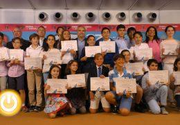 La Feria del Libro entrega sus premios a los pequeños escritores