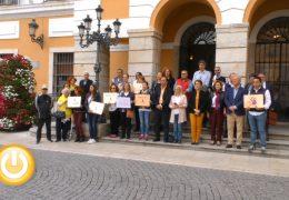 Minuto de silencio en repulsa por el asesinato machista de Gran Canaria