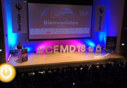 El alcalde asiste a la inauguración del II Congreso Extremeño de Marketing Digital