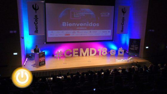 El alcalde asiste a la inauguración del II Congreso Extremeño de Marketing Digital