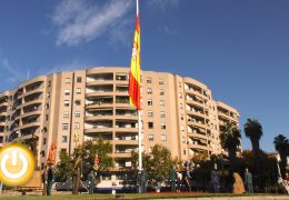 Badajoz conmemora el 40º Aniversario de la Constitución con un homenaje a la bandera
