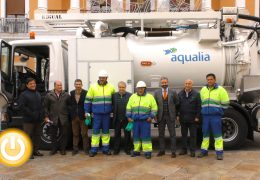 El servicio de aguas cuenta desde hoy con un nuevo camión