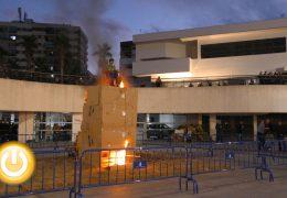 El Marimanta de Santa Marina vuelve arder en la plaza de Conquistadores