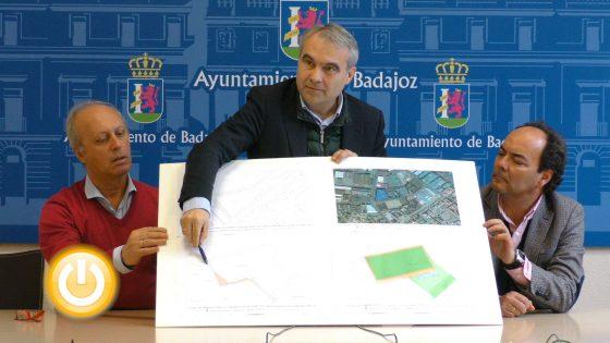 La barriada de San Fernando contará con un nuevo campo de fútbol de césped artificial