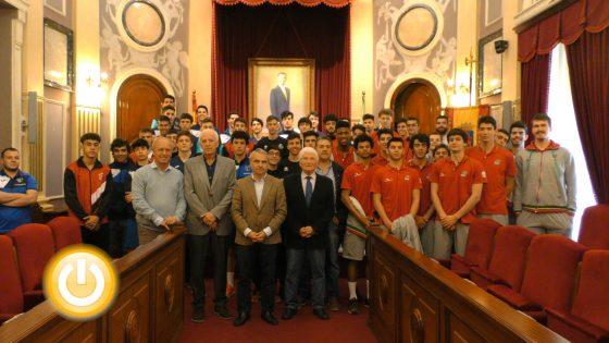 Estudiantes y la selección portuguesa se enfrentan en la final del XV Torneo Ciudad de Badajoz