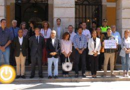 Minuto de silencio por la mujer asesinada en Córdoba