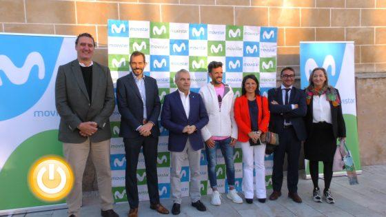 El alcalde recibe al atleta Chema Martínez