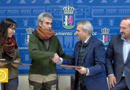Rueda de prensa alcalde- Firma Convenio Bellotada Badajoz