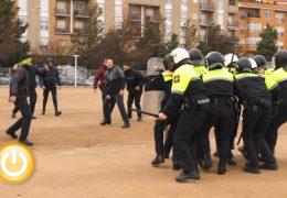 La Policía Local instruye a los agentes del Grupo de Intervención y Apoyo Policial