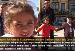 Alumnos del San Pedro de Alcántara conmemoran el Día Internacional de la Cultura Gitana