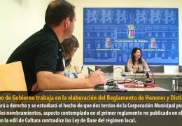 El equipo de Gobierno trabaja en la elaboración del Reglamento de Honores y Distinciones