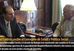 Miguel Celdrán recibe al Consejero de Salud y Política Social