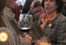 Una cata de vinos con fines solidarios