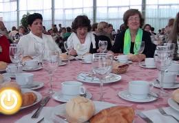 El alcalde asiste al tradicional desayuno con los mayores