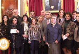 El Ayuntamiento reparte 30.000 euros entre diez asociaciones de discapacitados