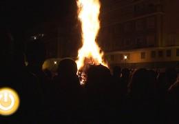 La margen derecha prende fuego a sus protestas