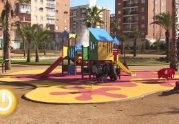 La brigada responsable de parques infantiles acometió 133 reparaciones en 2013