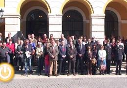 Concentración a las puertas del Ayuntamiento en memoria de las víctimas del terrorismo