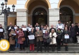 Badajoz guarda un minuto de silencio por la última víctima de violencia machista